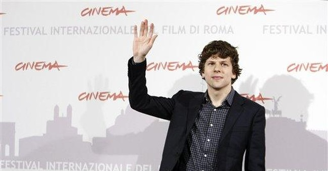 Facebook actor Eisenberg doesn't use social site