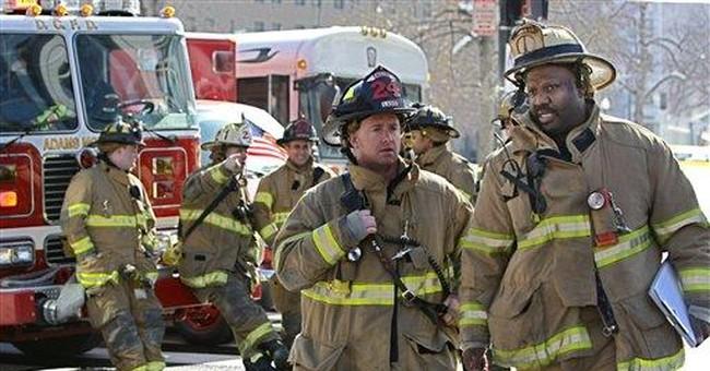 Police: NYC subway derails, no injuries