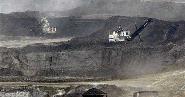 Debate stirred over 1st major US tar sands mine