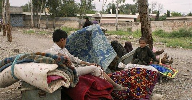 Pakistanis flee troubled areas near Afghan border