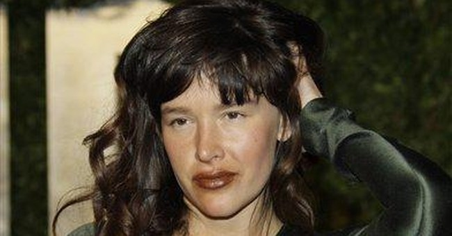 Actress Paz de la Huerta sued over NYC bar ruckus