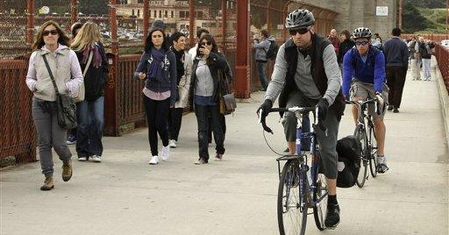 Cyclists decry Golden Gate Bridge speed limit plan