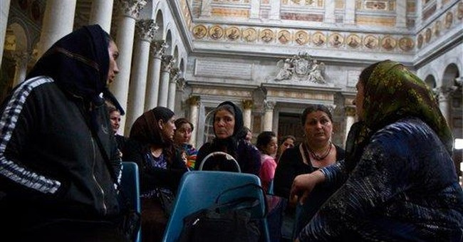 Gypsies take refuge in ancient Rome church