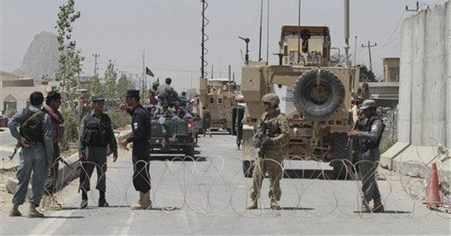 Taliban tunnel more than 480 out of Afghan prison