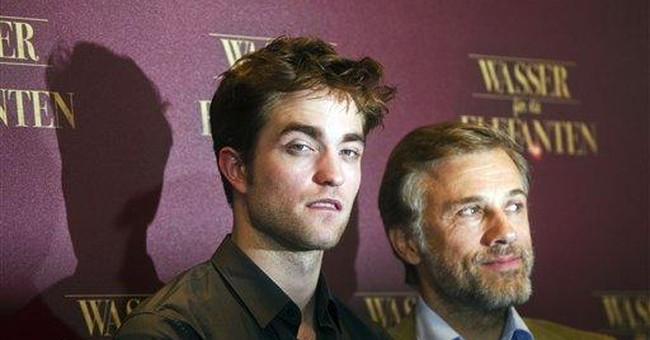 Pattinson: Former vampire joins the circus