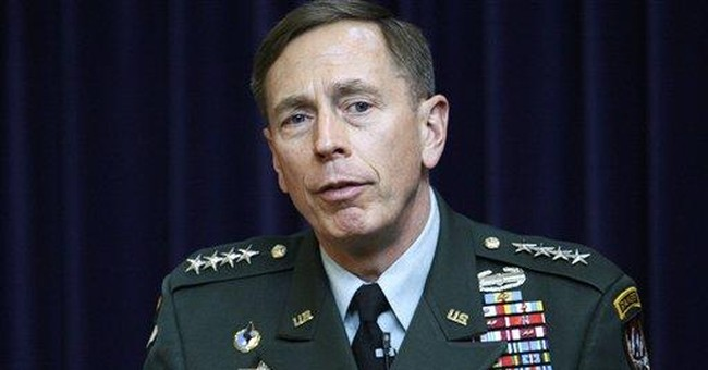 Petraeus to move from war command to Cabinet post
