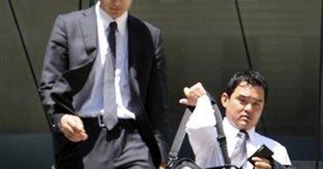 Panasonic reports loss, plans to cut 17,000 jobs