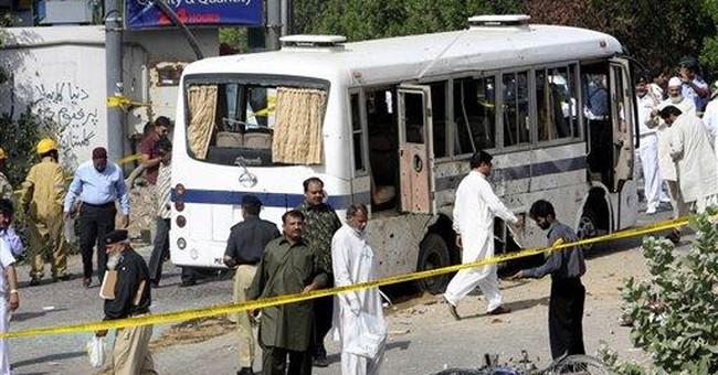 Bomb hits Pakistan navy bus in Karachi; 5 dead
