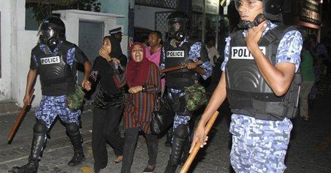 Anti-government protests resume in Maldives
