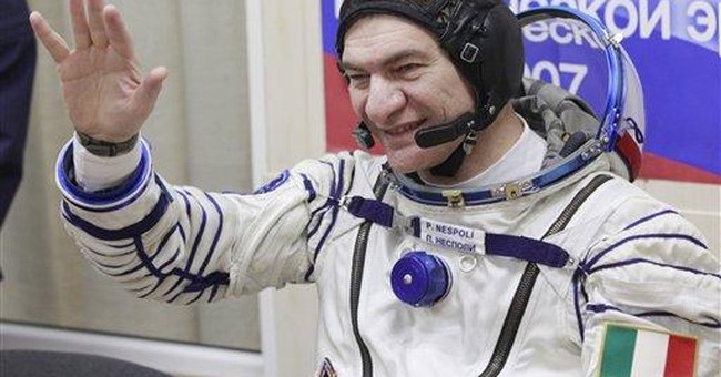 Mother dies as Italian astronaut son is in orbit