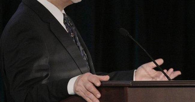 Bernanke: Regulators challenged in spotting risk