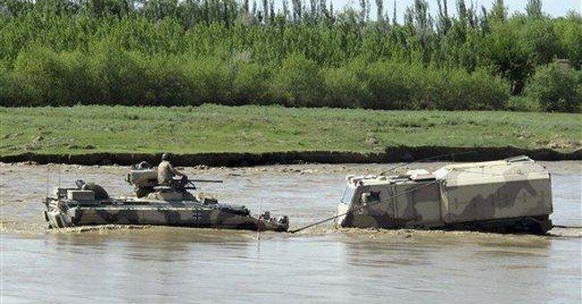Afghan official: 10 militants killed near border