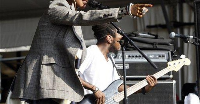 Lauryn Hill debuts at New Orleans' jazz festival