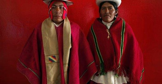 350 Indian couples wed in mass ceremony in Bolivia