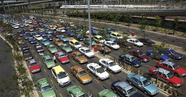 China car sales fall in April, 1st drop in 2 years