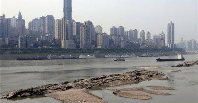 Drought stops shipping along Yangtze
