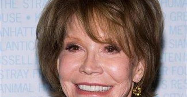 Mary Tyler Moore: brain surgery for benign tumor