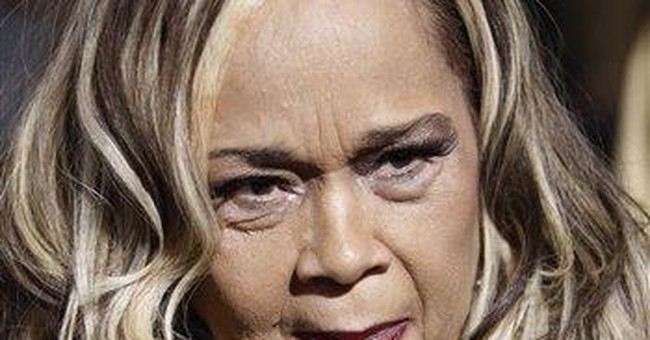 Blues singer Etta James in hospital with infection