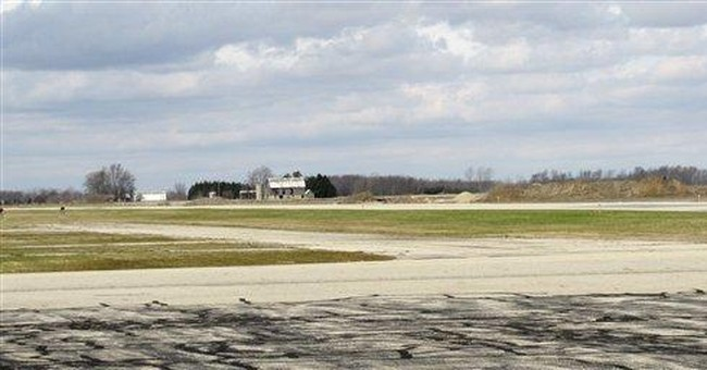 Canadian drug dealers exploit tiny Mich. airports