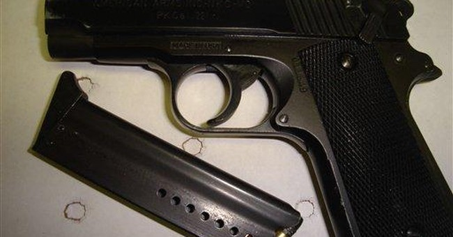 Maine lawmaker stays jailed on gun-threat charges