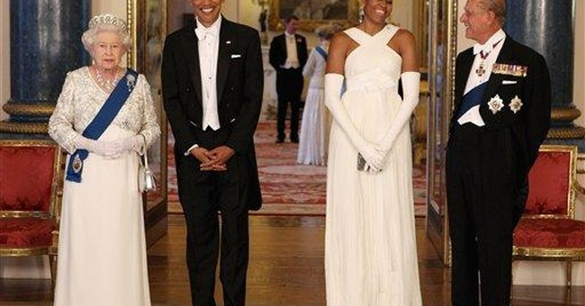 Michelle Obama wears white Tom Ford gown to palace