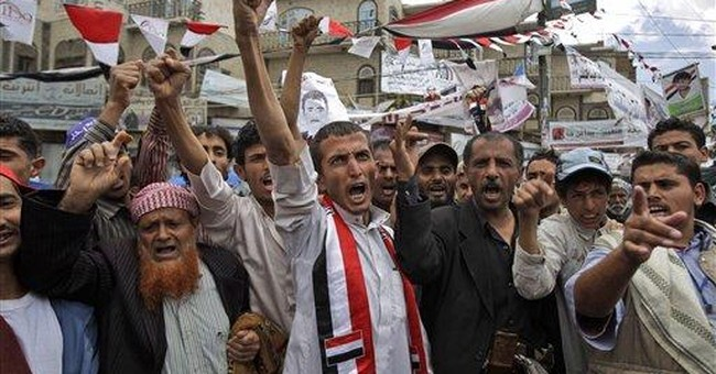 US orders nonessential diplomats to leave Yemen