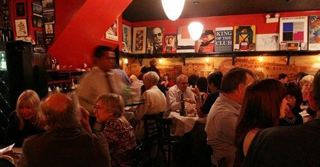 Elaine's regulars mourn loss of famous NYC eatery