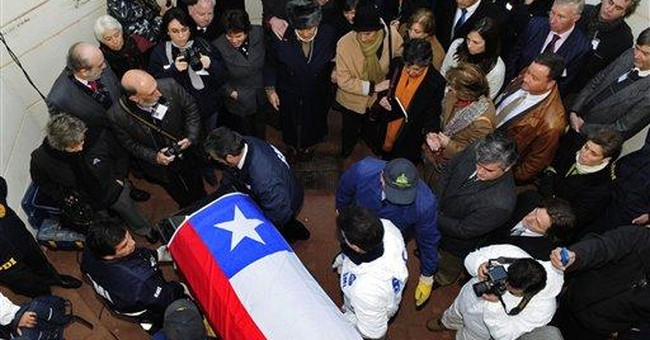Chile: Experts confirm Allende pulled from tomb