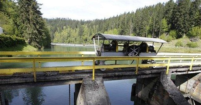 Dams power down in the largest US dam removal