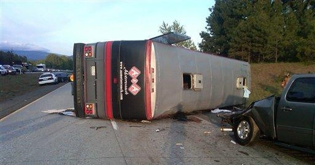 2 dead, up to 15 injured in Wash. state bus crash
