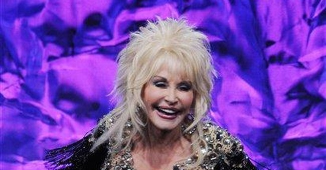 Dolly Parton launches pirate show on SC coast
