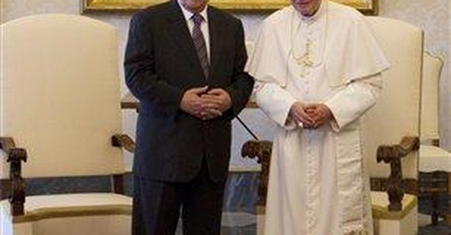 Pope meets Abbas, Palestinian state 'soon'