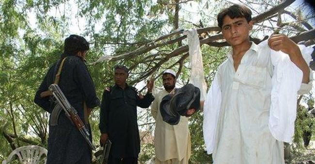 Pakistan forces back militants near Afghan border