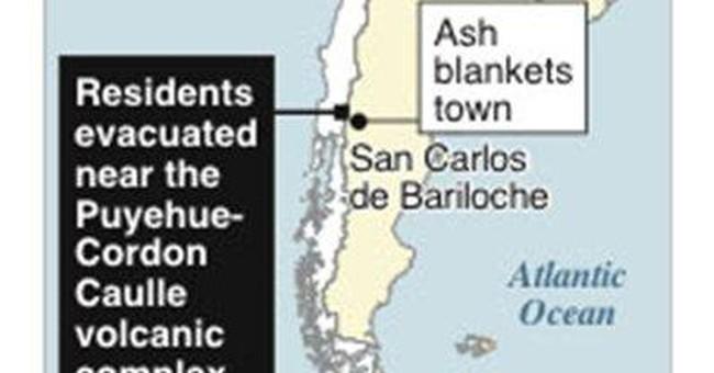 Chilean volcano grounds flights, coats ski slopes