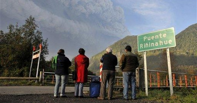 Chile volcano ash grounds flights in Argentina
