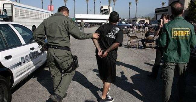 Feds accuse gang of targeting blacks in Calif city
