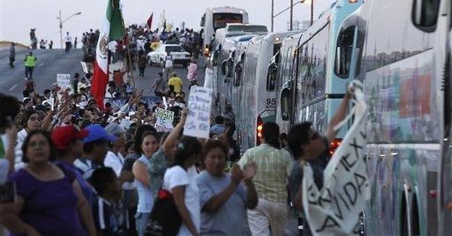 Mexican poet's peace caravan arrives in Juarez