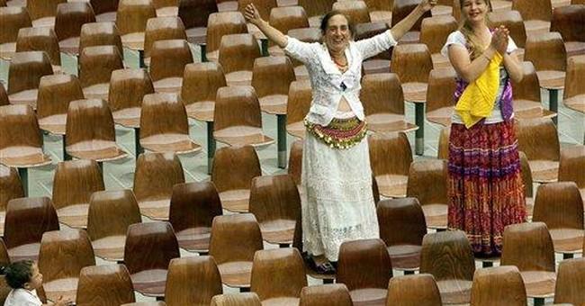 Pope receives Gypsies at Vatican