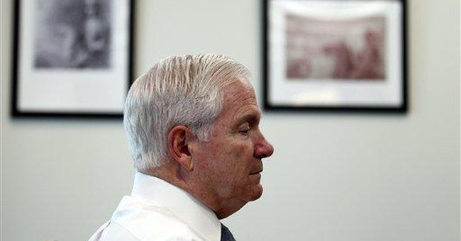 AP Interview: Gates sees no bar to lifting gay ban