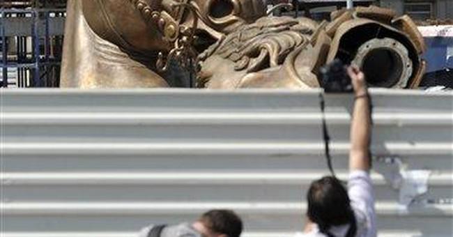 Macedonia puts up giant Alexander statue