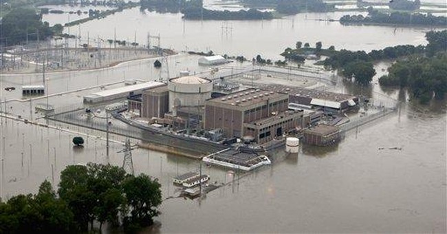 Officials say Neb. nuke plant is safe from flood