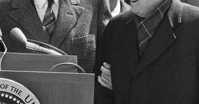 Speakers, presidents have complicated social ties