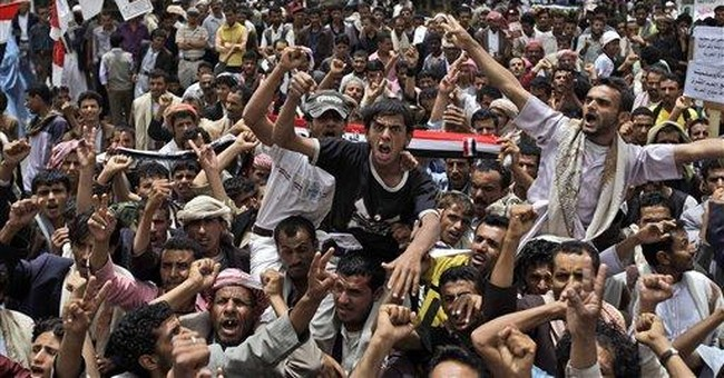 Thousands in Yemen call for president's son to go