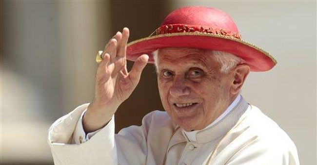 Pope: Refugees deserve dignified welcome