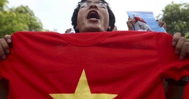 Vietnamese protest China amid rising tensions