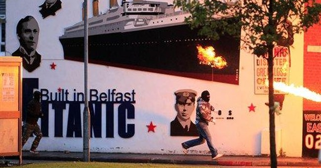 NIreland police face fresh riots in Belfast