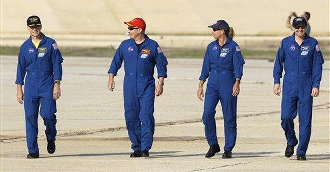Last space shuttle crew practices for July launch