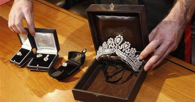 Eva Peron's jewelry recovered in Italy
