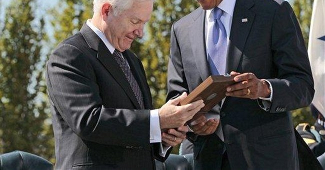 Obama honors Gates on last day as defense chief