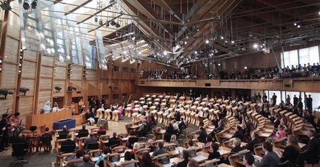 Edinburgh welcomes Elizabeth II, 'Queen of Scots'